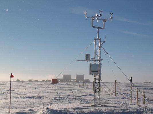 20050406 10 WeatherStation Weather Station