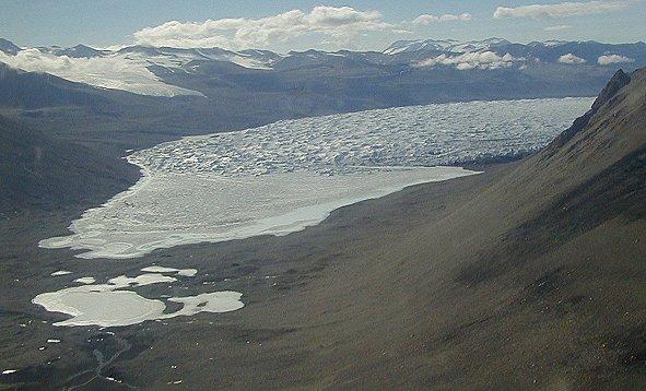 http://www.gdargaud.net/Antarctica/MapSatellite/DryValleyFrontGlacier.jpg