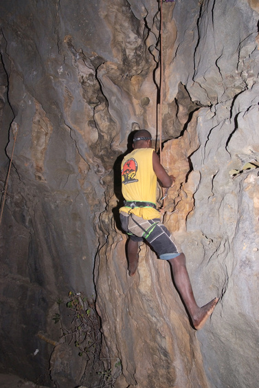 [20081006_192125_NightClimbing_.jpg] Felix following in our footsteps (barefoot) during a stint of night climbing after too much rum.