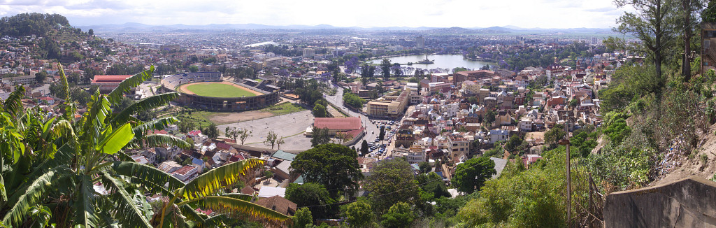 [20081026_145439_TanaPano_.jpg] A view of Antananarivo from near the Queen's palace.