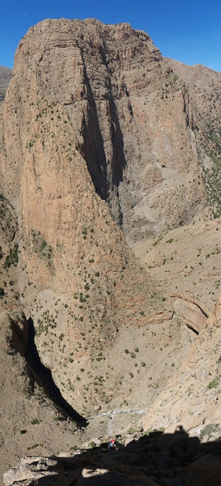 A recent vertical panorama from the page . Click to see the page.
