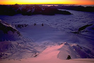 [SilberhornUp.jpg] First light on the east ridge of Mt Cook; the beginning of a very long two days epic.