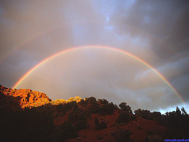 [FullDoubleRainbow.jpg] Full double rainbow above the Utah desert, 2003.